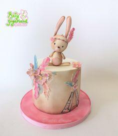 Bety' Sugarland - Cake Design by Elisabete Caseiro Baby Girl Birthday Cake, Cake Design, Desserts, Food, Cakes For Men, Cakes For Boys, Art Cakes, Cake Baby, Tiered Cakes