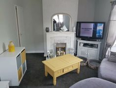 Flat Screen, Room Ideas, Living Room, Blood Plasma, Flatscreen, Home Living Room, Drawing Room, Lounge, Dish Display