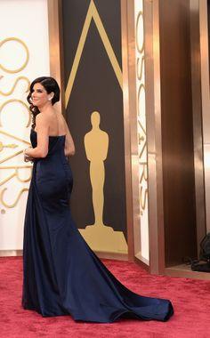 Sandra Bullock http://juliapetit.com.br/moda/oscar-coloridas/
