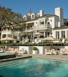 Rob Lowe's swimming pool