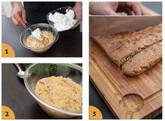 Stemperate il burro con lo zucchero, aggiungete i tuorli, il cioccolato fondente, gli amaretti e la farina. Montate gli albumi a neve con un pizzico di sale, incorporateli al composto, versate in una teglia di medie dimensioni. Predisponete il barbecue per la cottura indiretta, portatelo a 210°C e ponete la pietra refrattaria ancora fredda sulla griglia. Posatevi sopra la torta e cuocete per circa 45 minuti. Dopo 20 minuti, rimuovete la pietra refrattaria. Servite la torta tagliata a…