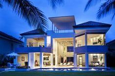Stunning Home in Costa Rica Defined by Luxurious Tastes - http://freshome.com/2010/10/18/stunning-home-in-costa-rica-defined-by-luxurious-tastes/