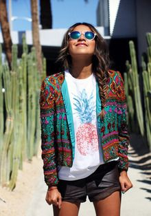 #outfit #inspiration #streetstyle #spot #spotted #getthelook #wheretoshop #spotnshop #jacket #print #printed