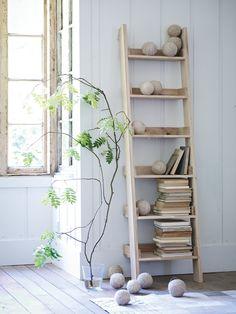 Wooden Ladder Shelf