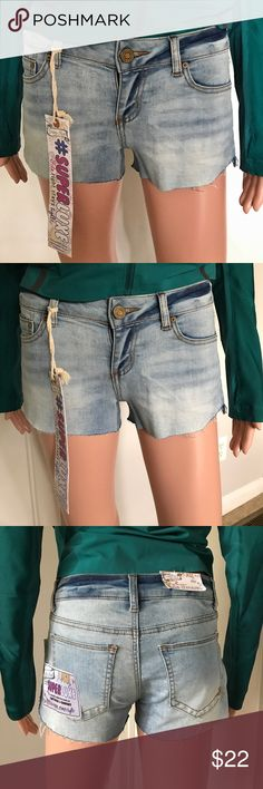 """✔️NWT Cut off Denim Shorts Condition:  Brand new with tag.  Size Juniors 3 but will fit Wo waist 27"""".  Stretch.  Price: Fair and reasonable offer immediately accepted. Shipping: Ships within 24 hours. Indigo Rein Shorts Jean Shorts"""