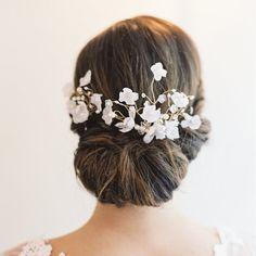 Doble peine nupcial conjunto flores perlas por EricaElizabethDesign, $305.00