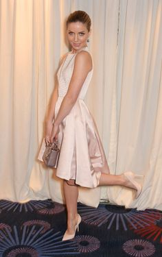 Pin for Later: Annabelle Wallis is a Fashion Force to be Reckoned With  Having fun in a pretty silk Dior dress, Annabelle made waves at the Jameson Empire Awards.