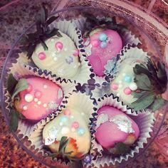 Strawberries and chocolate crema de la Crema 🍓💕