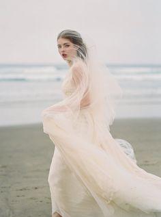 Romantic Bridal Portraits on a Gloomy Day