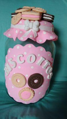 potes de biscuit