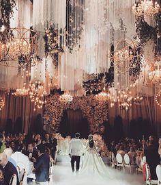 See this Instagram photo by @wonderandawe_weddings • 640 likes