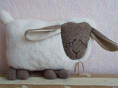 """Подушка -игрушка """"Спящая овечка"""" - Ярмарка Мастеров - ручная работа, handmade"""