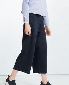 ff2756293e3 Bild 4 av KORT BYXA från Zara Trousers Women, Cropped Trousers, Pants,  Fashion