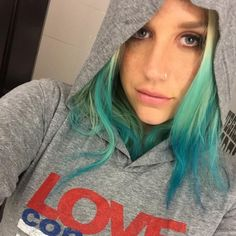 Kesha Checks In With Fans After News Of New Acting Role - http://oceanup.com/2016/03/20/kesha-checks-in-with-fans-after-news-of-new-acting-role/