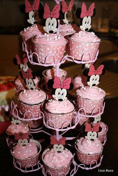 Minnie Mouse Cupcakes for Quinn's birthday!