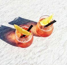 Recipe: Rosé-Aperol Spritz - Vogue Living