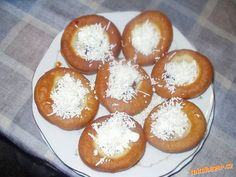 Nejlepší bavorské vdolečky jaké jsem kdy jedla Slovak Recipes, Czech Recipes, Russian Recipes, Eastern European Recipes, Polish Recipes, Recipies, Muffin, Food And Drink, Sweets