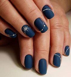 New Years Nail Art Designs // Manicure . - New Years Nail Art Designs // New Year Manicure - New Year's Nails, Fun Nails, Hair And Nails, Winter Nail Art, Winter Nails, Winter Art, Navy Blue Nails, Nail Art Blue, Blue Gold