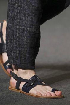 Diez sandalias con nombre propio - Foto 3