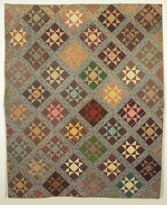 Variable Star ca.1860-1880... This quilt will not be ignored. One glance and you start to move on, and then your eye gets caught by those light colored stars and you are hooked into taking it all in!