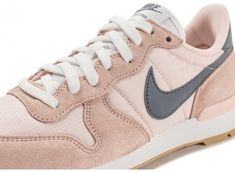 new styles 17b65 07a3f Chaussures Nike Internationalist W rose pâle vue dessus
