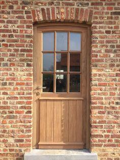 Exterior Design, Exterior Doors, House Styles, Future House, Homestead House, Front Door, Garden Deco, Rustic Wood Doors, Shed Doors