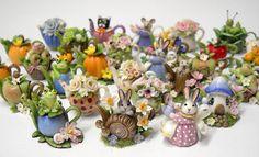 64tnt Miniatures: Seasonal fruit and finished teapots.
