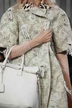Maison Margiela Spring 2016 Ready-to-Wear Fashion Show Details