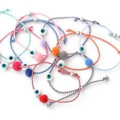 Μαρτυρικά βάφτισης Red String Of Fate, Washer Necklace, Beaded Necklace, Elbow Patches, Diy Accessories, Jewelry Patterns, Handmade Bracelets, Christening, Childrens Party