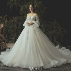Luxury / Gorgeous Ivory Wedding Dresses 2019 Ball Gown Lace Flower Beading Crystal Sequins Strapless Long Sleeve Backless Royal Train - Wedding Dress With Sleeves Wedding Dress Tea Length, Dream Wedding Dresses, Bridal Dresses, Wedding Shoes, Wedding Flowers, Luxury Wedding Dress, Ball Gown Wedding Dresses, Elven Wedding Dress, Winter Ball Dresses