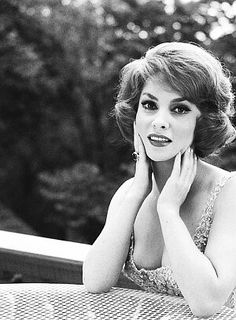 Legendary Pictures, Gina Lollobrigida, Hollywood, Actresses, Fictional Characters, Photography, Female Actresses, Fantasy Characters