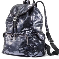 I want this backpack ❤