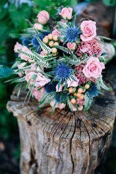 Sommerliche Hochzeit zu Dritt in Blau und Peach | Hochzeitsblog - The Little Wedding Corner