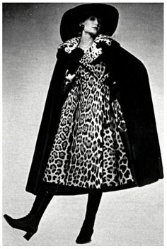 Dior par Frédéric Castet - Manteau de jaguar et cape de loutre - 1971