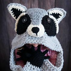 Michelle over at MJ's Off The Hook Designs created this adorable hooded crochet raccoon blanket pattern as part of her woodland collection and we're smitten! The entire collection is so freakin' adorable, but there's something I love about a trash panda that made me fall in love with this one. The detail is amazing and …
