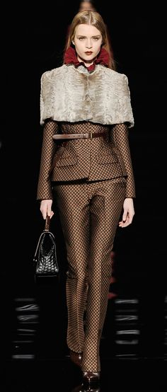 minus the fur and the belt, this is a bitchin suit!  Etro Woman Autumn Winter 2012-13 Runway