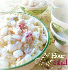 24 Hour Fruit Salad ~ The Ambrosia Recipe of the South {Granny's Recipe} pin… … Ensalada de frutas 24 horas … Fruit Cocktail Salad, Best Fruit Salad, Fruit Salad Recipes, Fruit Salads, Pineapple Cocktail, Marshmallows, Granny's Recipe, Recipe Ideas, Ambrosia Salad