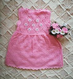 Pistoja ja Piirtoja: Pikkutytön mekko Tops, Dresses, Women, Fashion, Gowns, Moda, Fashion Styles, Shell Tops, Dress