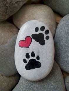 Items similar to Cat paw stone, Hand painted paw stone, Heart paw painting, Paw .See more ideas about Rock crafts, Easy Rock painting and Painted rocks.These are pretzels but this simple design could easily be painted on rocks.Do you need rock painting id Rock Painting Patterns, Rock Painting Ideas Easy, Rock Painting Designs, Paint Designs, Rock Painting For Kids, Painted Rock Animals, Painted Rocks Craft, Hand Painted Rocks, Paint On Rocks