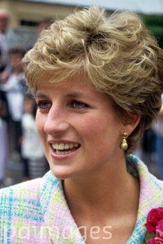 Incredible Princess Diana In Rimini Italy The Peoples Princess Hrh Of Short Hairstyles For Black Women Fulllsitofus