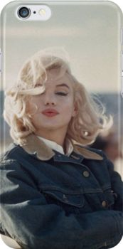"""Marilyn Monroe during the filming of """"The Misfits."""" Nevada, : Marilyn Monroe during the filming of Estilo Marilyn Monroe, Marilyn Monroe Photos, Marilyn Monroe No Makeup, Marilyn Monroe Hairstyles, Marilyn Monroe Style, Marilyn Monroe Outfits, Marilyn Monroe Wallpaper, Marilyn Monroe Costume, Rare Marilyn Monroe"""