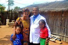 Família de Missionário dos Gideões na África sofrem assalto e violência.