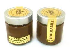 Da oggi disponibili online anche le nostre meravigliose creme spalmabili http://www.cioccolateriaveneziana.it/negozio/crema-spalmabile-alla-nocciola/