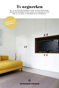 Op zoek naar handige en mooie oplossingen om je tv weg te werken in je interieur? Klik hier voor meer informatie! • tv wegwerken, tv in kast, tv ideeën, tv oplossingen, tv aan wand, tv meubel, tv kastenwand, tv aan de muur, tv verbergen, tv in woonkamer, tv wegwerken snoeren, tv wegwerken in muur, tv wegwerken kabels, tv wegwerken woonkamer, tv wegwerken slaapkamer, tv meubel wand, tv aan de muur ideeën, tv wand ontwerp, tv verborgen, tv wand ontwerp modern, tv ophangen woonkamer Wand Tv, Attic, Kitchen Cabinets, Tips, Design, Home Decor, Spaces, Loft Room, Decoration Home