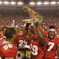 GO NOLES!  State Champs two years in a row!!  Hasn't happened since '98-'99 seasons!