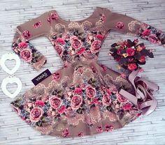 Vestido florido romântico