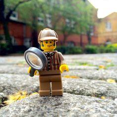"Série ""Londres"" ::: Sherlock Holmes @lego #lego_and_co #lego #legostagram #legophoto #minifigs #minifigures #londres #london #sherlock #sherlockholmes #detective #detectivesherlockholmes #bakerstreet #uk #charlotte #Princess #royalbaby #instalego #instatoy #instagood #lovelylegomen #toyslagram_lego #legostories"