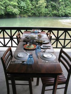 Dining is available at the cosy Valley Cafe or the Two River Terrace Cafe that can accommodate bigger crowds Terrace Cafe, Big Crowd, Two Rivers, Park Resorts, Outdoor Tables, Outdoor Decor, Terraces, Borneo, Cosy