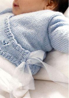 Baby knitting pattern in italian Knitting For Kids, Baby Knitting Patterns, Crochet For Kids, Baby Patterns, Knit Crochet, Baby Kind, Baby Love, Little Boy Blue, Bebe Baby