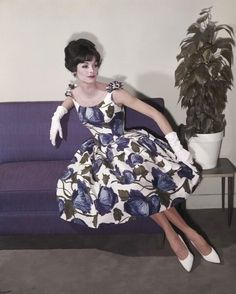 1960 day dress with white heels and gloves!